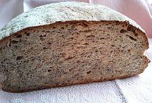 Leckeres: Brot und Brötchen