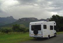 Luxe campers volledig uitgerust en van alle gemakken voorzien / Luxe camper huren en volledig uitgesrust.