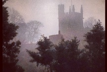 Churches, Cathedrals / by Twittles :)