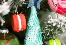 Holiday Crafts / Tis the season for creativity! Make it merry with these holiday craft ideas.