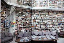 Bookshelf porn / In my dreams...