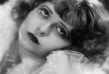 1920s Ladies / by Kitty's Vintage Salon