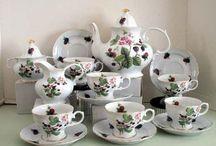 Porcelain Tea Sets USA Decorated