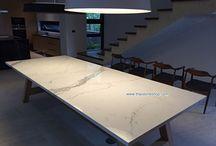 หินสังเคราะห์ Italia surface :Statuario ติดตั้งท็อปโต๊ะ ขนาด 1.2 x3.0 เมตร ประกอบเข้ากับขาโต๊ะไม้