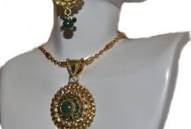 Indian Jewelry / Kundan, Mina, Fashion Jewelry from India for Wedding or casual wear.
