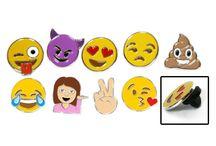 Valentine's Day Emoji Stuff / Emoji gifts for Valentine's Day