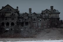 Abandoned Pictures
