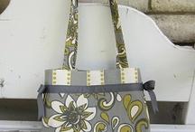 Crafty - purses / by Jenessa Garcia