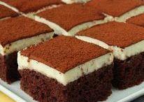 altında nemli kakaolu kek