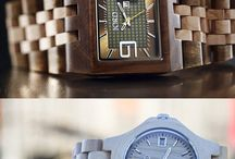 Mens Wood Watches / Natural and original, the wooden watches are a perfect gift for men. Light and comfortable, they combine elegance and reliability. Unique & Eco-friendly !