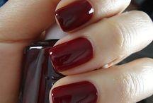 kokkino manicure