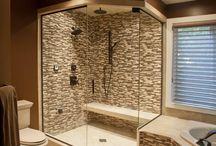 Bathrooms / by Naomi Vivas