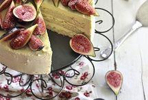 Easy Cake Recipes / Easy to follow cake and sweet treat recipes
