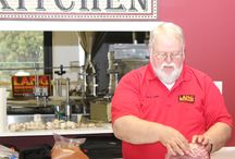 Smoker Cooking Classes / Lang BBQ Smokers hosts smoker cooker cooking classes with accomplished BBQ Pitmasters!