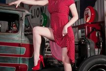 pin up & pistons