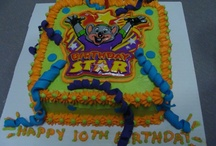 Chuck E Cheese party / by Terrie Toombs