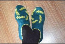 zapatos y sandalias tejidos