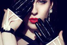gloves ¥