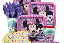 Minnie Mouse Party Ideas / Celebrate your daughter's next birthday with the original Disney diva, Minnie Mouse