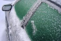 Spray car ice away