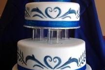 Delft-Blue Wedding Cakes