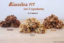 Biscoitos Fit (com 3 ingredientes e 3 sabores) / Com apenas 3 ingredientes é possível fazer estes deliciosos e super saudáveis biscoitos fit! Experimentem! Eles são vegan, sem glúten, sem soja, sem açúcar e sem frutos secos.