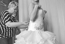 Eleonor szalon - Debrecen / A név kötelez: Eleonor Szalon.  Egy élő legenda, amely soha nem megy ki a divatból: Eleonor Szalon ruhái már a kezdetektől fogva az esküvői ipar művészetének legkiemelekedőbb alkotásai kínálja a lányoknak. :D