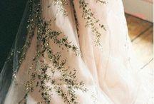 Colour of dresses
