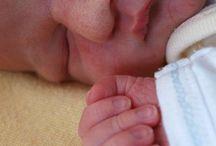 Spánok / Zaspávanie na prsníku, dojčenie a spánok