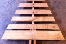 Pallet Projects / Various uses for old wood pallets