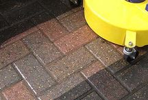 Driveway cleaning services in Milton Keynes / Driveway and patio cleaners. Pressure washing in Milton Keynes.