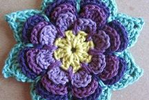 Crochet - Flowers / by Gitte Andersen