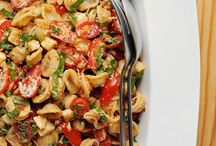 Lunch Recipes / Easy and quick recipes that are perfect for lunch or for packing meals on the go