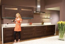 Granite Kitchen Worktops / Building a home or remodeling a kitchen is one of the biggest investments we will make in our lives. So it makes sense to choose the highest-quality worktops and fittings that our budget can handle. Not only that, but the kitchen is a major element of a home or apartment's valuation. When you want to sell it one day, the kitchen's fittings, condition and style will be a very significant factor in the home's overall market value. Investing in good worktops always pays off handsomely on the proper
