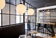 Palosanto / Situado en la C/Avinyó, 30 de Barcelona, se trata de una neotaberna en la que el producto es la estrella.