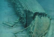Shipwrecks / by Stephen Hayes