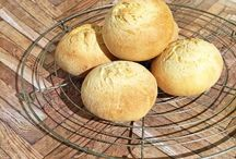 Brot & Brötchen einfach selbst backen