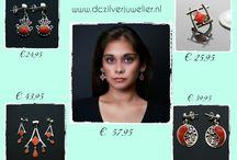 Kerstcadeaus / Opzoek naar dat perfect cadeau?  Prachtige sieraden van Zilver o.a oorbellen, kettingen, armbanden, hangers, ringen en bedel ook met prachtige edelstenen, halfedelstenen, natuurlijke stenen