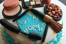 Dilim pasta ve doğum günü pastası
