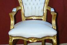 POLTRONE / Poltrone in stile LUIGI XV con seduta e schienale imbottiti