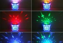 Часы будильник с проектором звездного неба / Часы будильник с проектором звездного неба не только разбудит в назначенное время приятной мелодией но и создаст романтическую вселенную. http://zacaz.ru/products/dom-byt-kuhnya/uyut-doma/chasy-budilnik-s-proektorom-zvezdnogo-neba/
