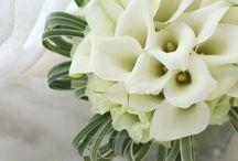 カラー / カラーの花を使ったブーケや装花の写真です