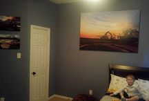 """Construction art for kids / Here are some shots of """"Henry's Room"""" and young man that dreams about heavy equipment"""