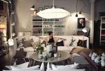 Winkelen in Zweden / In Stockholm, Göteborg en Malmö moet je zijn als je in Zweden actie wilt op winkelgebied. Ga op zoek naar de grote warenhuizen van eigen Zweedse bodem met alles onder één dak, van Zweeds design en handwerk tot mode en cadeaus. Een Zweedse kaasschaaf valt ook altijd in de smaak. Liefhebber van Zweeds design? Ga in één van de drie grote steden op zoek naar de winkels van Designtorget voor veelbelovend en betaalbaar Zweeds design. / by VisitSweden NL
