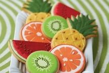 icing cookies & cakes
