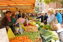 Weekly Market | Wochenmarkt / On Tuesday, Friday and Saturday there is a big farmers marked around the cathedral St. Martin in the center of Mainz. You can buy everything you need for cooking a fresh and healthy meal or just stroll around enjoying the wonderful atmosphere on market days. For detailed information visit: http://www.mainz.de/freizeit-und-sport/einkaufen-und-maerkte/mainzer-wochenmarkt.php