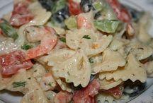 Pasta Salad / by Leslie Addison