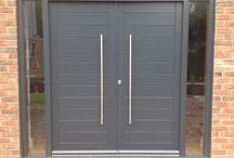 Contemporary Double Doors / Bespoke contemporary double doors and frames with sidelights
