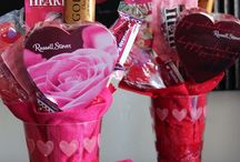 Candy Bouquets-valentine's day / by Kathy Hoffman Floen