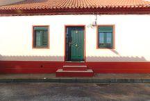 EN VENTA / Casa a 10 m. de la playa del Prado (Corrubedo) Galicia. 2 dormitorios, cocina, comedor y baño. Trastero y garaje anexo a vivienda. Cocina de leña. Completamente amueblada y con electrodomesticos. Consultas también por whassapp. 617962924.